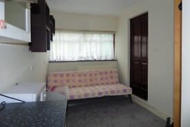 Studio Flat to Rent, Colin Park Road, Colindale NW9