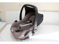 Maxi Cosi Pebble Car Seat Light Brown with Newborn Inserts