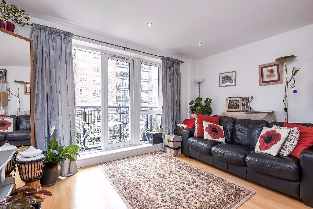 A spacious one bedroom apartment to rent in Kingston. Bramber House.