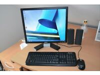 Dell Dimension C521 PC with Creative speakers