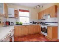 Melbourne Grove - A wonderful two bedroom, two bathroom Maisonette to rent.