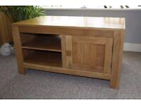 Oakdale Natural Handcrafted Solid Oak TV & DVD Cabinet