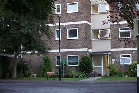 Spacious 1 Bedroom ground floor Flat, Lordswood Nr Southampton General Hospital