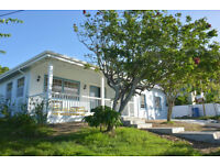 Saint Lucia - BEAUTIFUL 3-BED HOME** close to Reduit Beach in Gros Islet, Rodney Bay