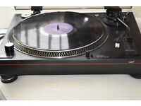 DJ 2000 DIRECT DRIVE TURNTABLE