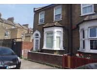 Great Sized Double Room on Alloa Road SE8 £750pcm Available Now