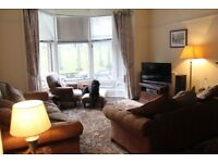 Well presented, main door, 2 bedroom, Broomhill flat for rent