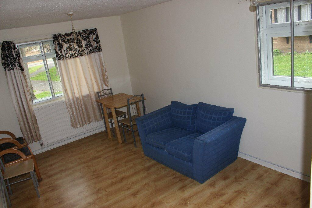 One bedroom flat to rent, PART DSS accepted | in Colnbrook ...