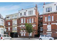 2/3 bedrooms - stoke newington - Dalston - Kingsland Road - mansion conversion -communal courtyard