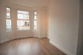 2 bedroom flat in Cobbold Road, Willesden, NW10