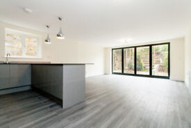 A 1200sqft 3 bed 3 bath garden flat withion minutes of Crouch End Broadway