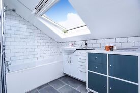 A charming one bedroom top floor apartment available to rent in Muswell Hill.