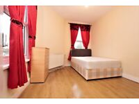 COZY DOUBLE ROOM AVAILABLE CLOSE BOW STATION - E 10a Stroudley
