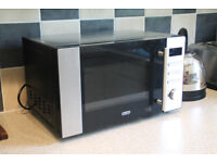 De'Longhi Microwave in perfect conditions in Islington, 800W