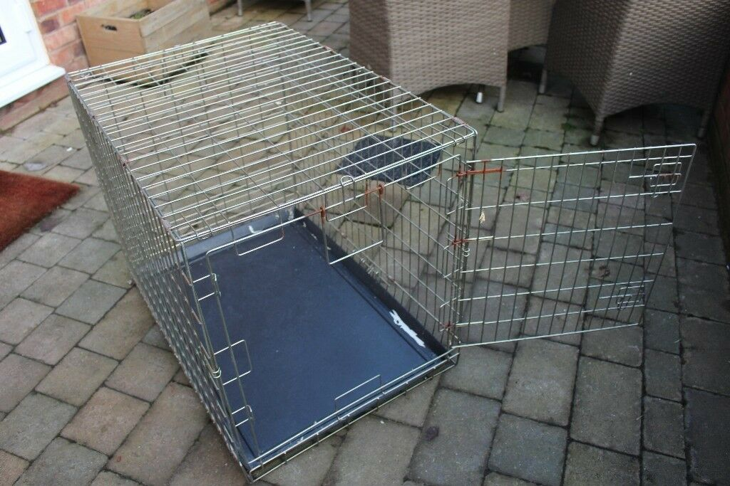 Pet Cage With plastic Base
