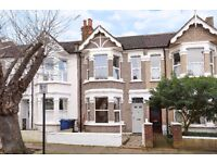 STUNNING THREE BEDROOM HOUSE ON DRAYTON AVENUE WALKING DISTANCE TO WEST EALING STATION £1950 PCM