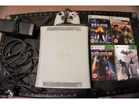 XBOX 360 - Including 4 games, controller and all wires