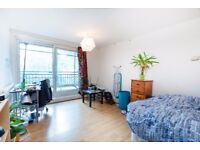 FOUR DOUBLE BEDROOM DUPLEX MAISONETTE with garden and balcony (Archway)
