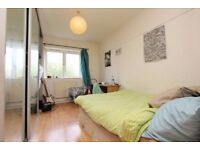 ** MILE END!! BIG DOUBLE ROOM IN ZONE 2 AVAILABLE FROM TODAY!!!**