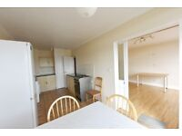 Large and spacious split level 6th floor2 bedroom apartment to let in Stockwell,fantastic views