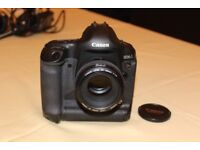 CANON EOS 1Ds MKII PERFECT CONDITION! W/ LENS AND BAG!!