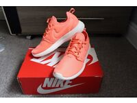 Nike Roshe Two - NEW - Pink - Size 4.5