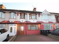 A choice of two double rooms to let in modern shared house within easy reach of transport facilities