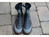 Typhoon dinghy boots size L (43/44)