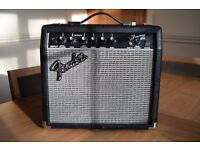Fender Frontman 15G Watt Guitar Ampilfier - 15 Watt