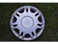 TOYOTA wheel trim - single