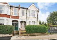 2 bedroom flat in Duntshill Road, London, SW18 (2 bed)