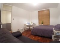 *Short Let*Renovated Spacious 1 Bedroom Flat in Shoreditch/Brink Ln/Liverpool St w/ Parking & Garden