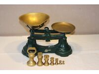 Old fashioned style kitchen scales