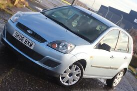 FORD FIESTA ONLY 19,193 MILES!!! CHEAP TO RUN