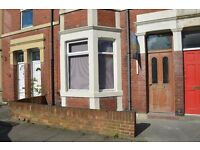 Beautiful well maintained 1 bedroom Tyneside Flat for sale, spacious and ideal for singles or couple