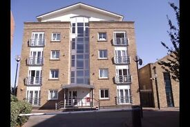***Lovely Decorated 2 Double Bedrooms Apartment available in Millennium Drive E14**£375 pw***