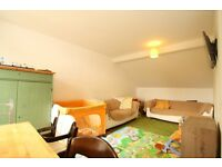 Furnished Spacious 2 Bedroom Flat Close To Turnpike Lane Piccadilly Line Tube & Hornsey British Rail