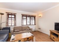 ***LARGE THREE BEDROOM HOUSE WITH PRIVATE GARDEN available to rent - Thorparch Road, SW8***