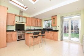 A beautifully presented five bedroom house to rent in Southfields