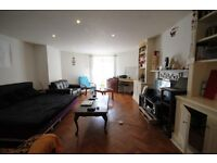 A VERY PRESENTED (two) 2 BED/BEDROOM FLAT - CROUCH END - N8