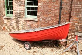 Fibre Glass 10 foot Dinghy