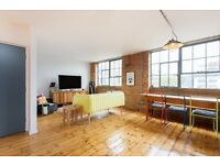 An exceptional two bedroom warehouse conversion moments away from Shadwell DLR station