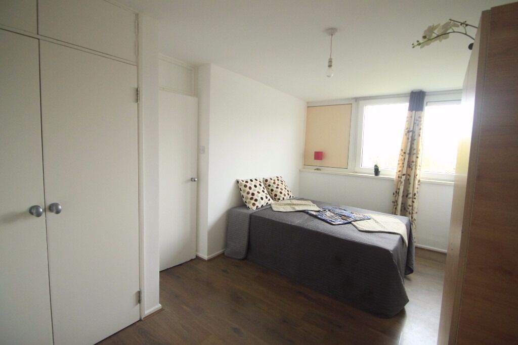 BEAUTIFUL DOUBLE ROOM TO RENT IN GOSPEAL OAK AREA CLOSE TO THE TUBE STATION CLOSE TO THE TUBE. 83W