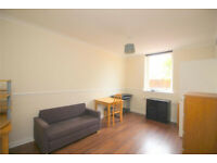 One Bed Furnished Flat Holyrood/Meadowbank £695 Available Now
