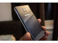 Samsung Note 5 Unlocked - Perfect Condition plus accessories
