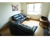 Excellent 3 bedroom HMO flat with large double bedrooms. Near Spital and Mounthooley Roundabout.