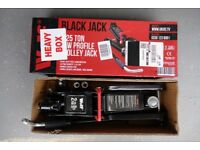 2.5 Ton Car Trolley Jack - new and unused - BARGAIN for quick sale
