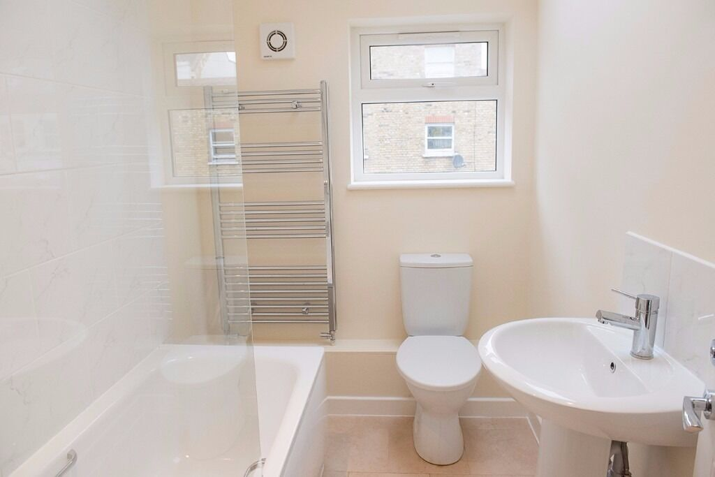 **REDUCED** 2 BED NEW BUILD PROPERTY to rent, SW12 London, Balham /Clapham South