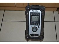 Makita bmr102 radio
