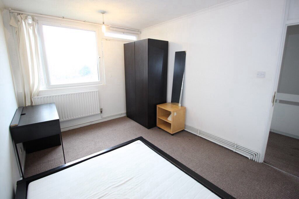 ***Double room in shared house ***